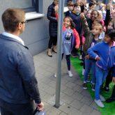 Schulanfangsaktion rund um die Grundschule Kunterbunt