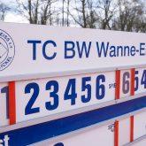 Einweihung der neuen Rollstuhl-Tennisplätze beim TC Blau-Weiß an der Emscherstraße.