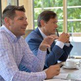 Pressekonferenz im fast neuen Parkhotel: v.l. Jan Hendrik van Dillen, OB Dr. Dudda..