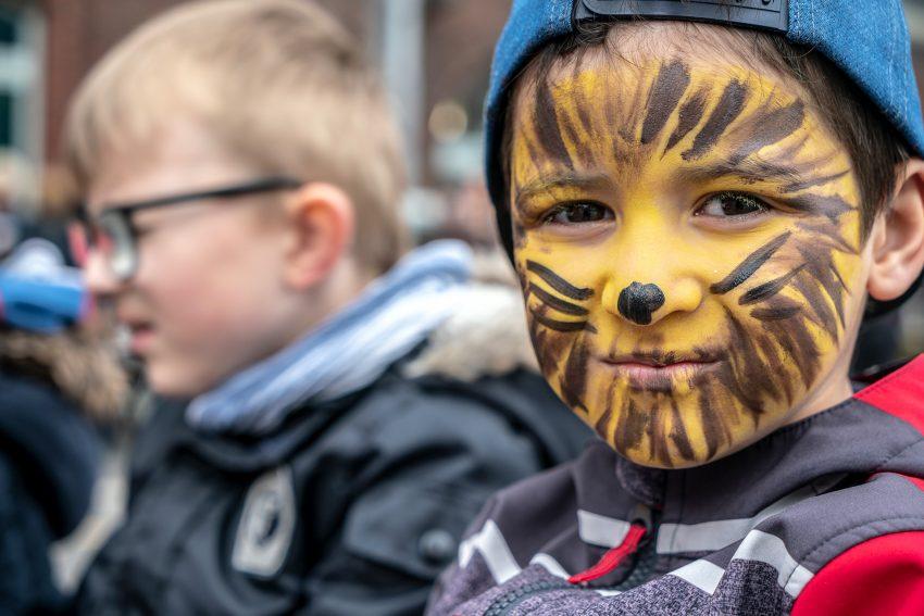 Spielfest bei der Grundschule Kunterbunt.