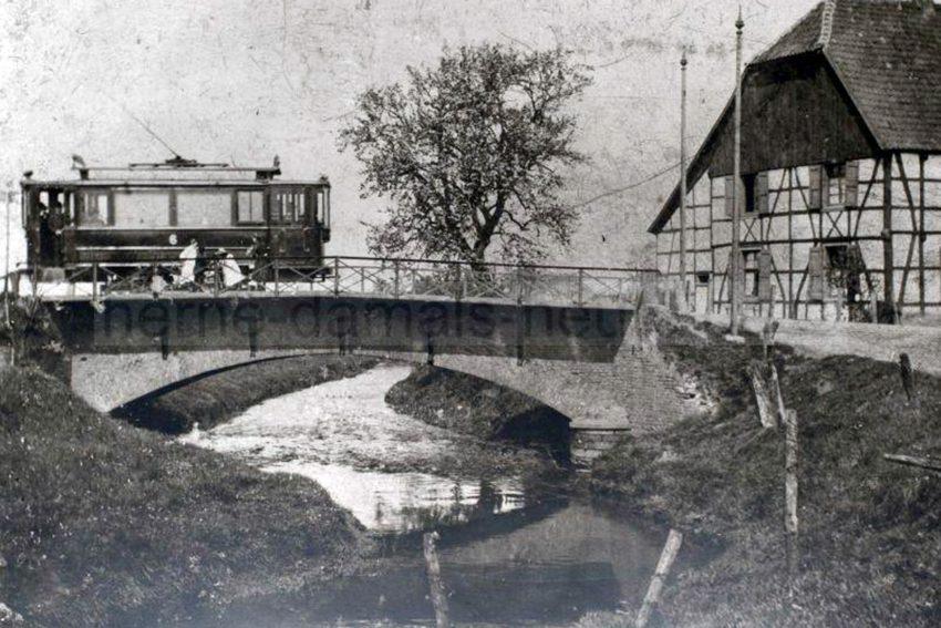 Elektrische Bahn um 1901.