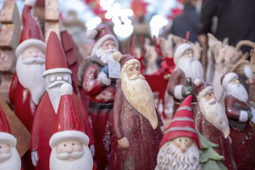Adventmarkt der Wewole Stiftung in Herne (NW), am Freitag (23.11.2018). Die vorweihnachtliche Traditionsveranstaltung lockt auch in diesem Jahr viele Besucher auf das Gelände der Gärtnerei an der Nordstraße in Horsthausen und wird am Samstag fortgeführt. Adventmarkt der Wewole Stiftung in Herne (NW), am Freitag (23.11.2018). Die vorweihnachtliche Traditionsveranstaltung lockt auch in diesem Jahr viele Besucher auf das Gelände der Gärtnerei an der Nordstraße in Horsthausen und wird am Samstag fortgeführt.