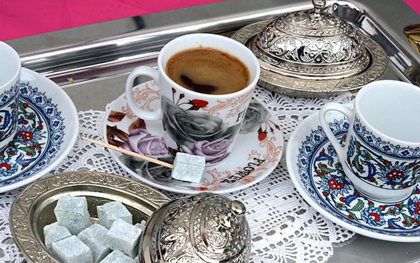 Tee beim Kulturfest im Gysenberg-Park.