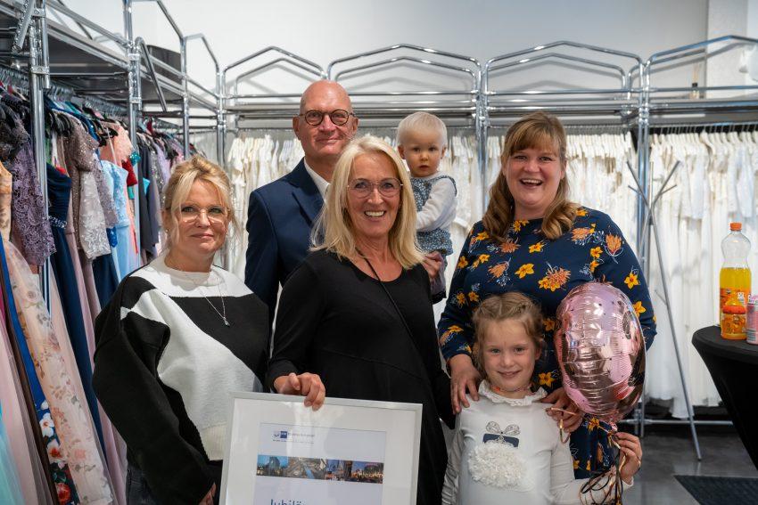 25 jähriges Jubiläum des Brautmodengeschäfts White Design Rhein