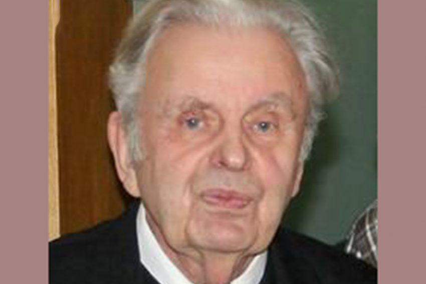 Pfarrer Michael Beckmann ist im Alter von 84 Jahren gestorben,.