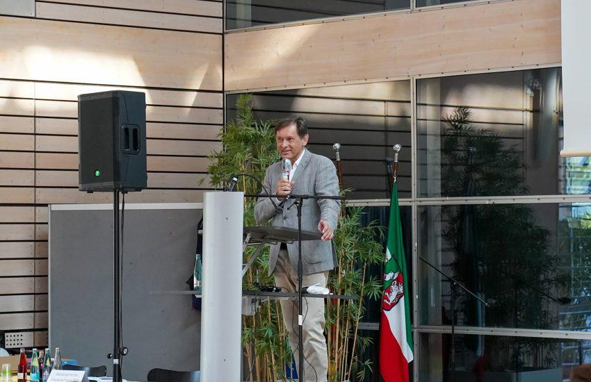 OB Dr. Dudda bei der Rede.