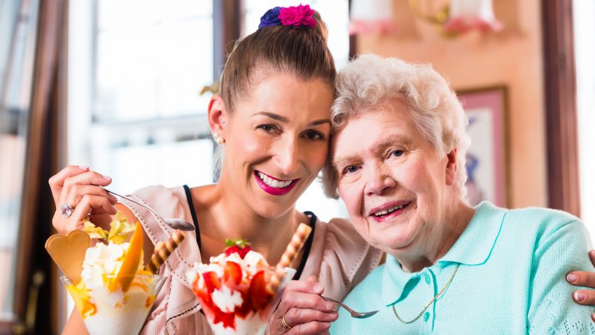 Das Seniorenhaus Crange bietet am 30. Juli 2021 wieder die Eisflatrate für Bewohner, Angehörige, Mitarbeiter und Besucher an.