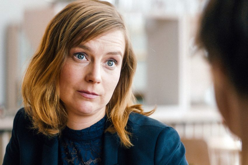 Maja Beckmann als Anette.