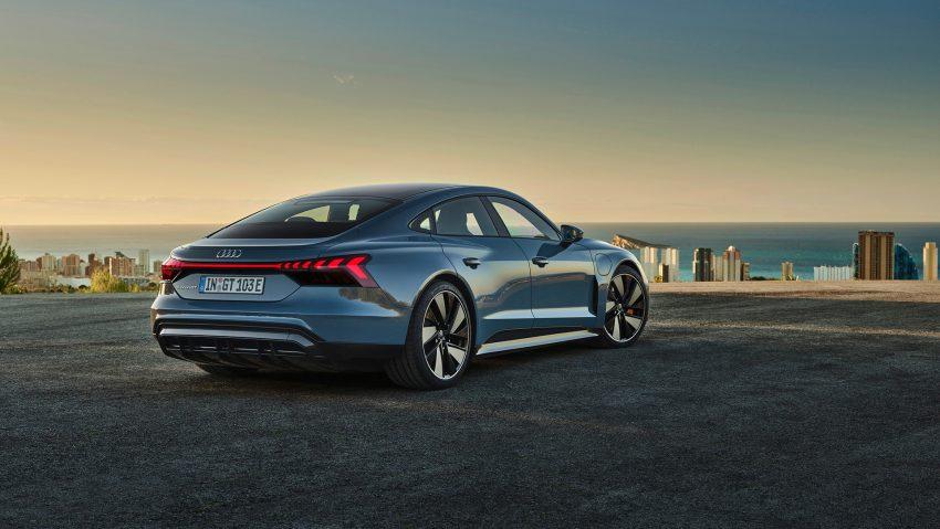Autos wie der Audi e-tron GT quattro fahren vollelektrisch.