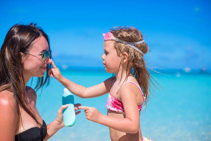 AOK! Für Klein und Groß gilt: Vor jedem Sonnenbad ist für ausreichenden Sonnenschutz zu sorgen