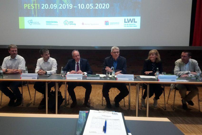 v.l. Dr. Stefan Leenen, Marcel Keller, Matthias Löb, Frank tafertshofer, Doreen Mölders, Michael Rind.