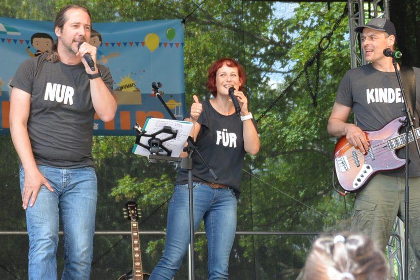 Die Musiker von 3Berlin zu Gast beim Stünkeder Sommer im Schlosshof.