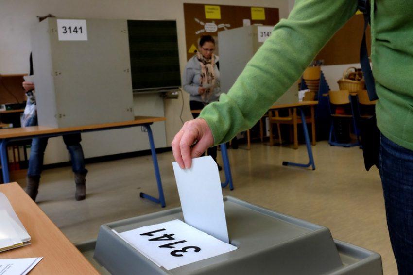Stimmabgabe.