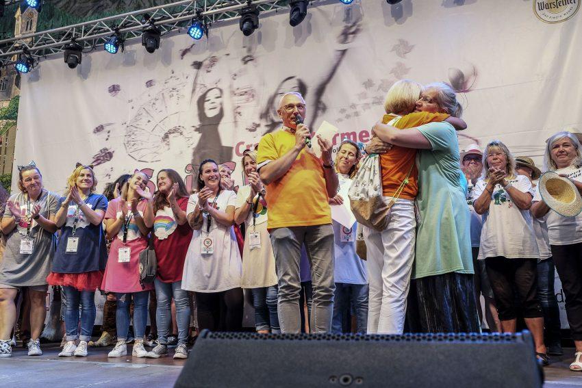 'Wanner Weiber' stiften ihr Preisgeld dem Förderverein des Ambulanten Palliativ- und Hospizdienst.
