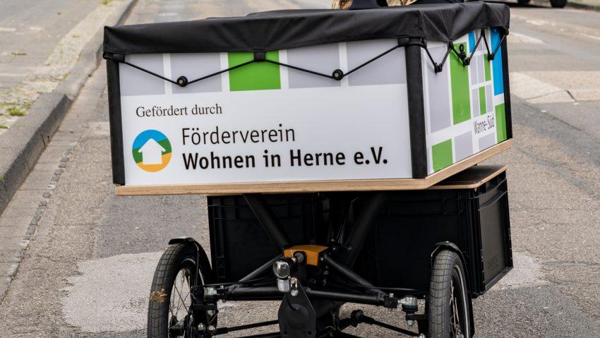 Neues E-Lastenfahrrad für das Stadtteilbüro Wanne-Süd.