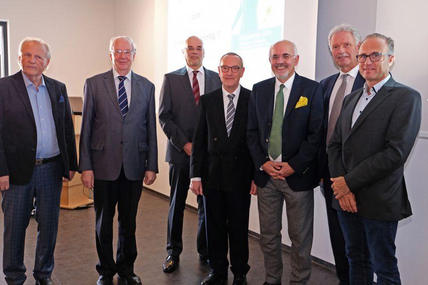 9. Herner Hygienetag v.l. mit Dierk Schmitt, Prof. Dr. Peter Kujath, Dr. Martin Montag, Prof. Dr. Santiago Ewig, Heinz-Werner Bitter und Dr. Mario Iasevoli.