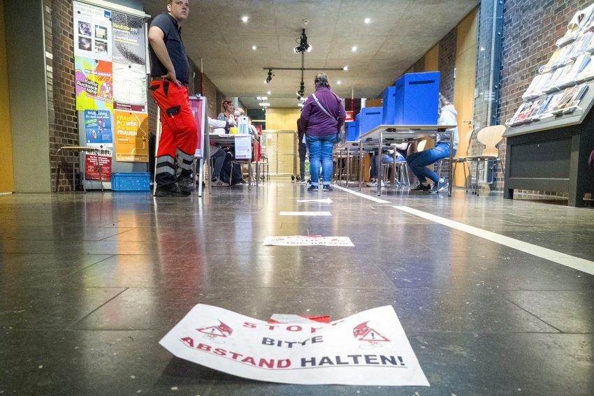 Blutspende des Deutschen Roten Kreuz im Archäologie-Museum am Europaplatz in Herne (NW), Donnerstag (19.03.2020).