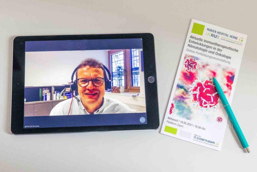 Prof. Dr. Dirk Strumberg begrüßte die Teilnehmer seiner Fachveranstaltung erstmalig online