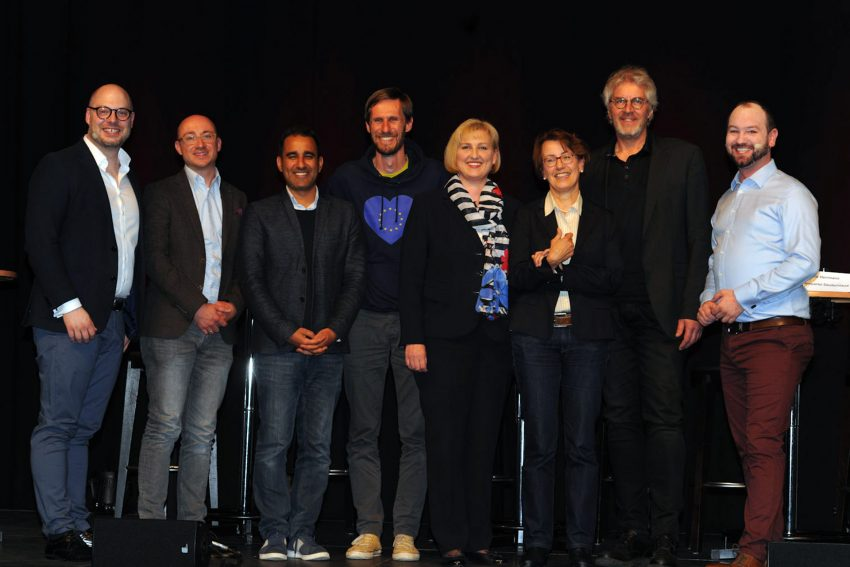 v.l. Kirsten Eink (SPD), Dr. Annette Littmann (CDU), Jan Ovelgönne (Die Grünen), Tim Behrendt FDP, Amid Rabieh (Die Linken) und Frank Herrmann (Piraten)