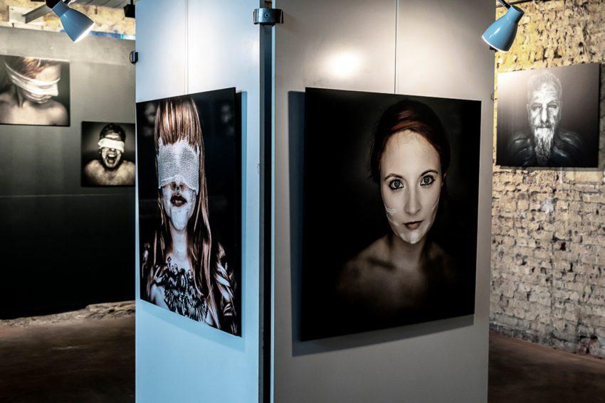 Ausstellung von Sebastian Luty im Alten Wartesaal.
