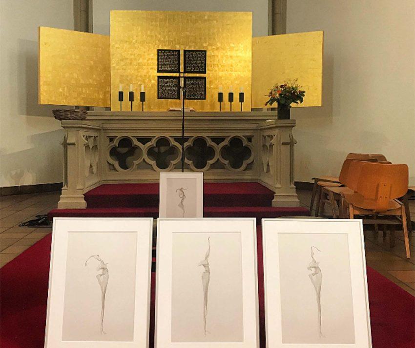Ebenfalls sind auch 'Papierbilder' unter seinen Werken.