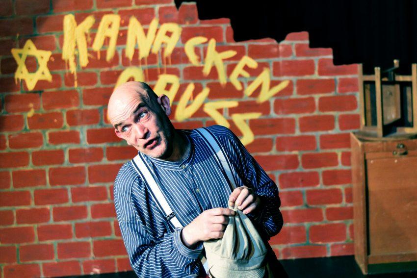 Ralf Lamprecht - in dem Stück Lumpenpott.