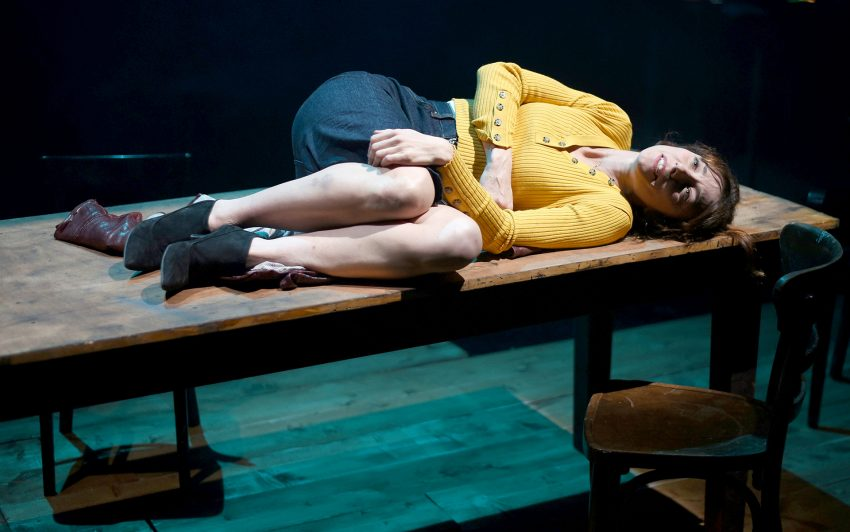 Kinga Prytula als Paula Spencer im Prinz Regent Theater. Foto: Thorsten Schnorrbusch.