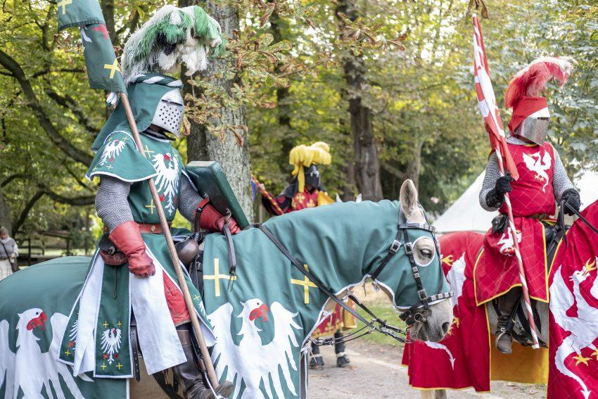 Mittelalter Spektakel rund um das Schloss Strünkede.
