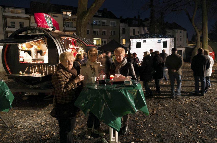 Der Mond-Weihnachtsmarkt 2015.