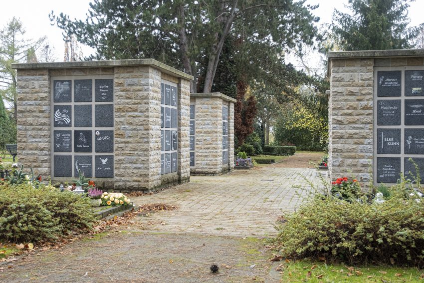 Ökumenische Andacht zu Allerheiligen auf dem Wiescherfriedhof in Herne (NW), am Sonntag (01.11.2020).