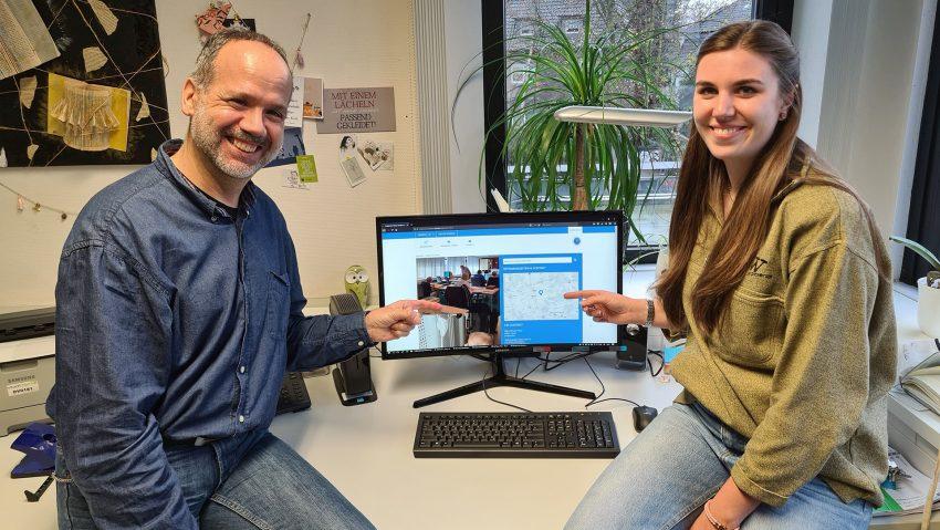 Das Stadtarchiv Herne baut sein digitales Angebot aus, hier (v.li.) Jürgen Hagen, Leiter des Stadtarchivs und Alina Gränitz, Projektleiterin.
