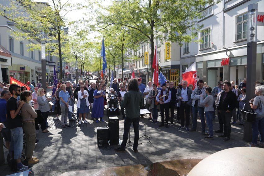 Anti-Kriegstag in Herne am Samtsta (1.9.2018) am Kugelbrunnen.