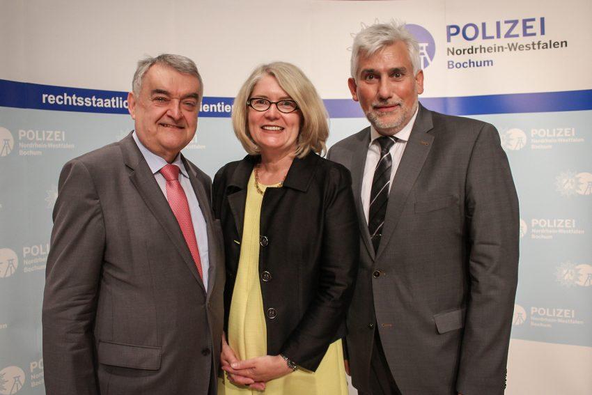v.l. Herbert Reul, Kerstin Wittmeier und Jörg Lukat.