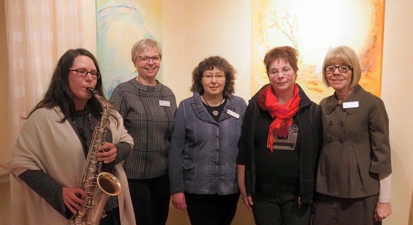 Lucie Holtmann, Annegret Müller, Karin Leutbecher, Karola Rehrmann und Inge Weber.