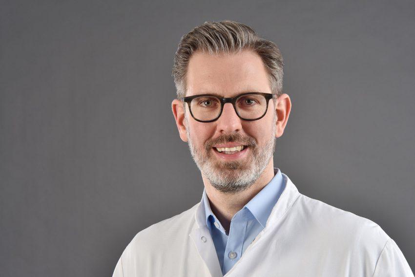 Dr. Jens Verbeek ist Chefarzt der Gastroenterologie am EvK Herne.