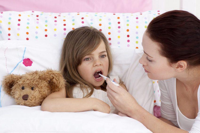 Neue Regelung in der Pandemie: Kinderpflege-Krankengeld kann von Versicherten der AOK NordWest jetzt ganz einfach in Anspruch genommen werden.