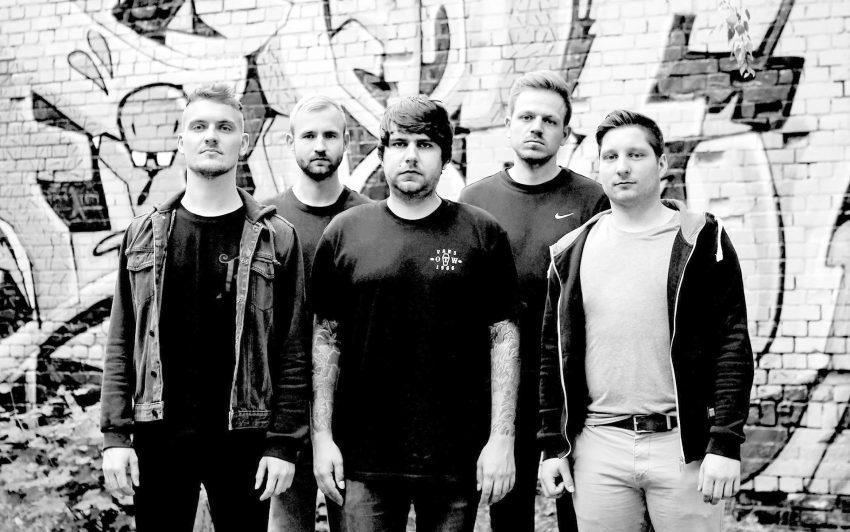 Empty Handed ist eine 5-köpfige Melodic Hardcore Band aus Leipzig.