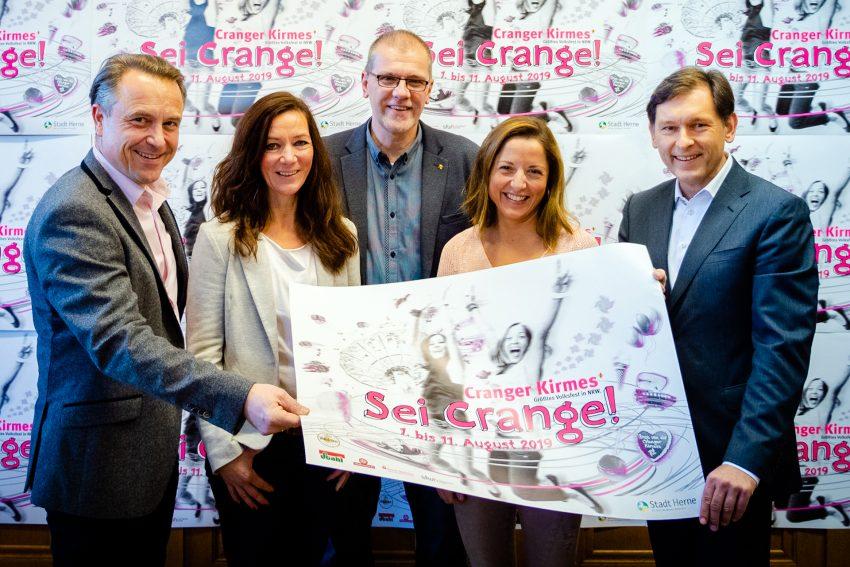 v. l. Holger Wennrich, Manuela Haake (Plakatmodell), Eduard Belker, Susana de Carvalho (Plakatmodell), Frank Dudda.