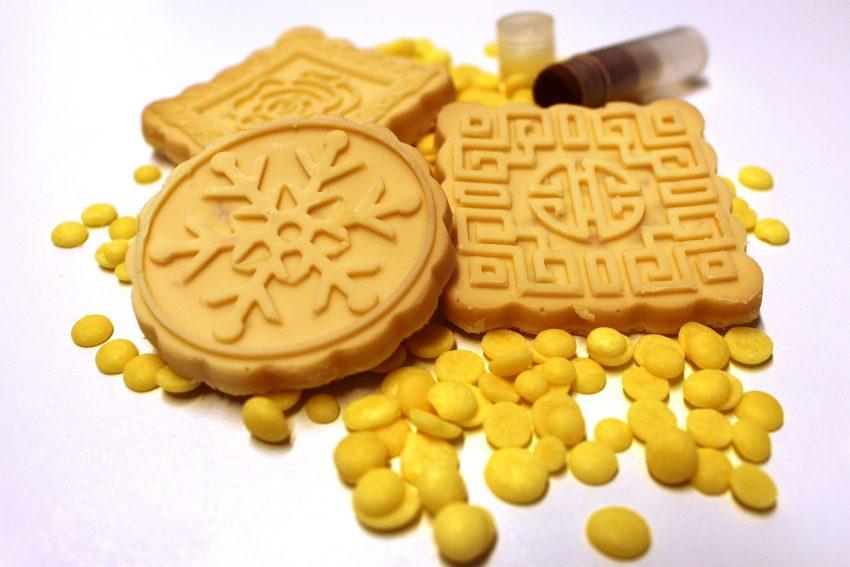 Bio-Kakaobutter frei von Mikroplastik.