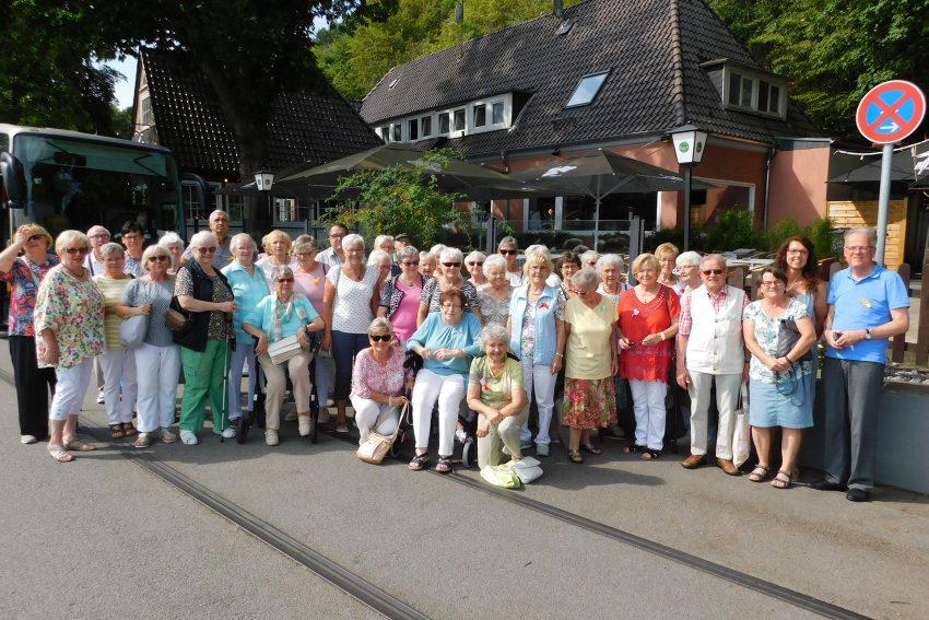 Frauenhilfe Dreifaltigkeit der Petrus-Kirchengemeinde.