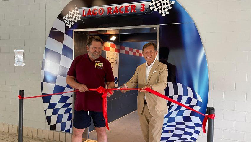 Einweihung neue Racer-Rutsche im Lago, im Bild (v.li.) Aufsichtsratsvorsitzender Martin Kortmann und Oberbürgermeister Dr. Frank Dudda.