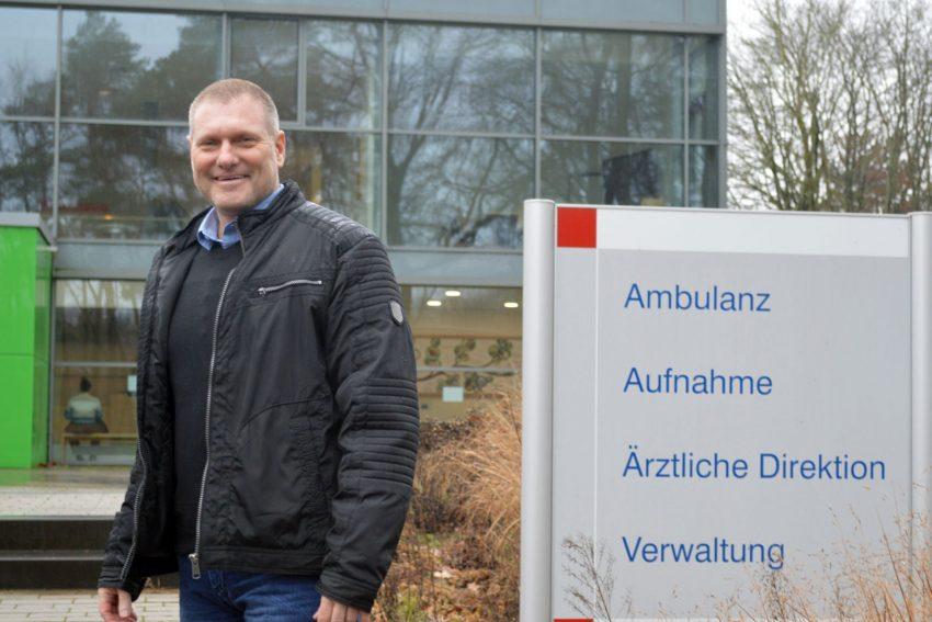 Mit 29 Jahren entscheidet sich der Bergmann Thorsten Jedlicka für eine Umschulung zum Krankenpfleger. Heute leitet er zwei große Akutstationen in der LWL-Klinik Marl-Sinsen.