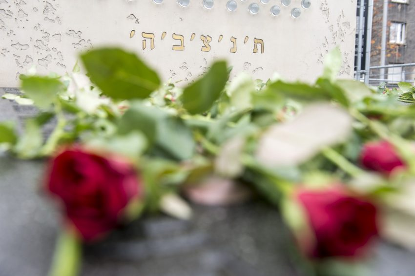 Die Erich -Fried-Gesamtschule gedachte den Opfern der Pogromnacht 1938.
