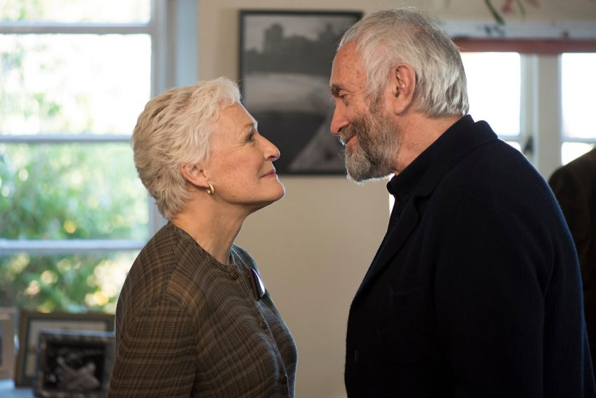 Glenn Close und Jonathan Pryce.