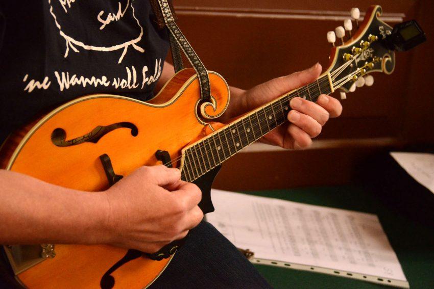 Tausend Gitarren Aktion mi Peter Habermehl