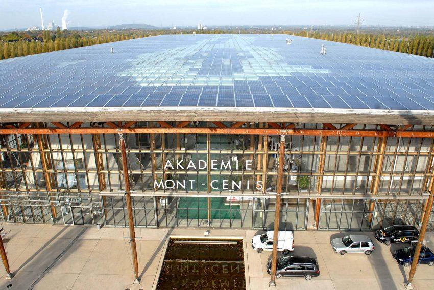 Das Solardach der Akademie.