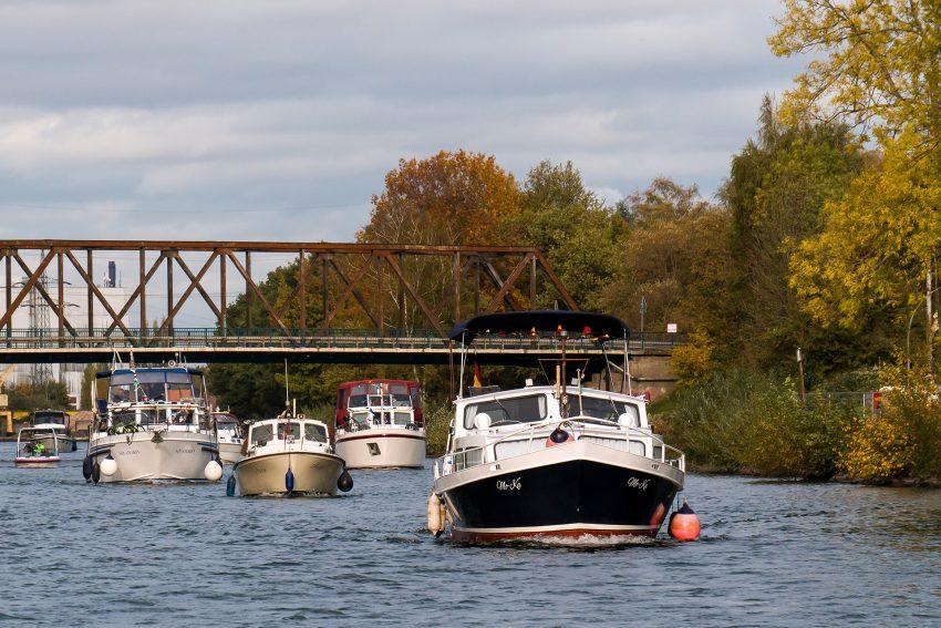 Wassersportler auf dem Rhein-Herne-Kanal.