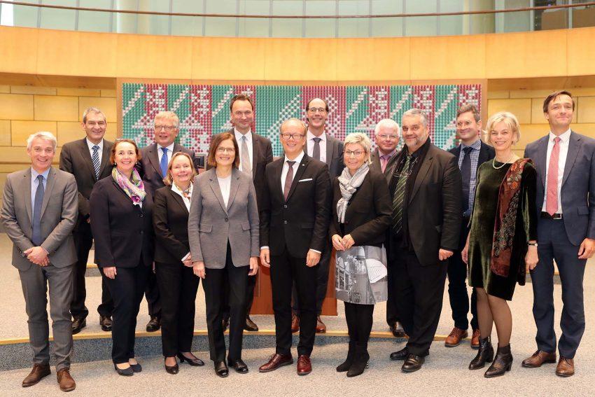 VGH mitglieder besuchten den Landtag.