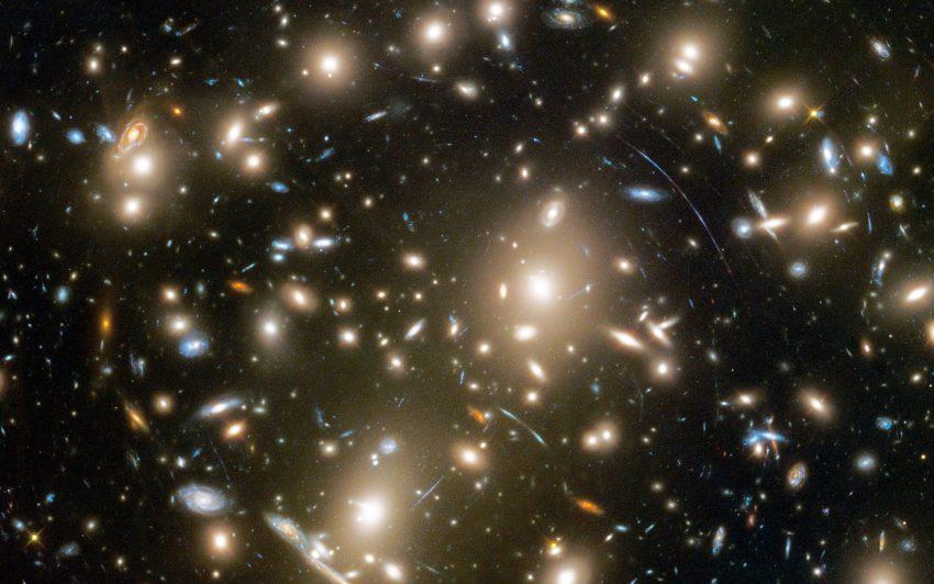 Ein Blick auf Galaxien in der Tiefe des Alls. Bild: NASA