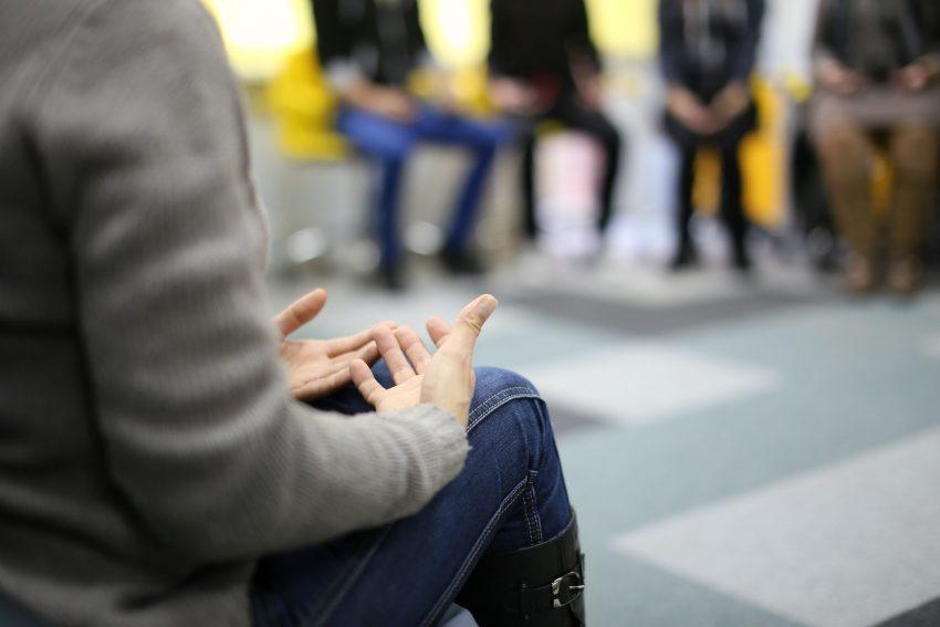 In Selbsthilfegruppen erfahren zahreiche Menschen unterstützung.